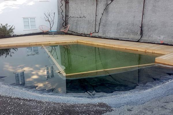 Schwimmteich selber bauen DIY Holzbecken